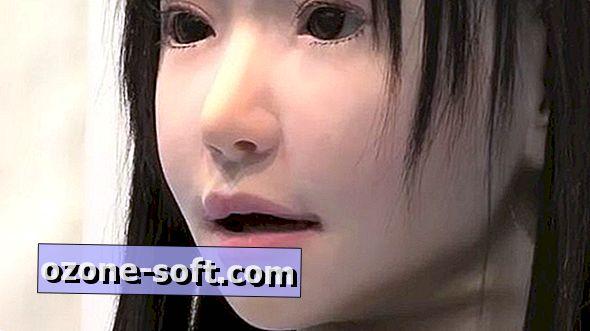 Japonya'nın (freakily) gerçekçi şarkı insansı robot