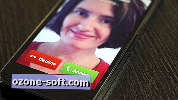 Effettua una chiamata gratuita usando il tuo iPhone e l'app di Facebook