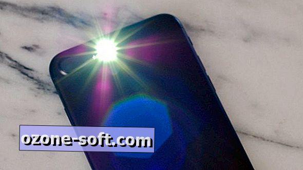 अपने iPhone की टॉर्च बंद करने का एक तेज़ तरीका