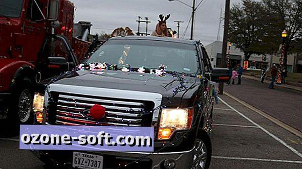 Dobiti lit: Kako ukrasiti svoje vozilo s božićnim svjetlima