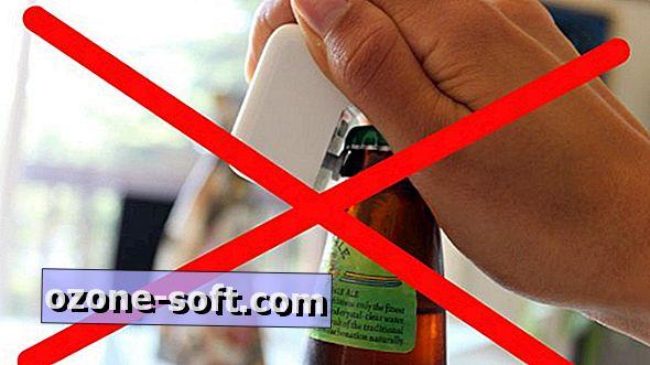 Getestet: Öffnen einer Bierflasche mit einem iPad-Ladegerät