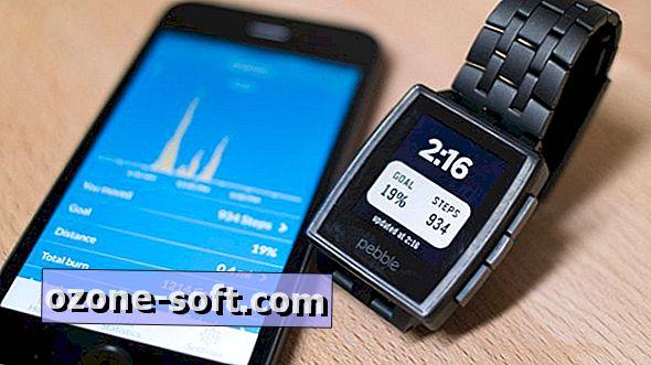 Pomocou inteligentnej obrazovky iPhone 5S, Pebble môžete sledovať svoju činnosť
